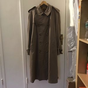 Vintage Burberrys wool lined trench coat